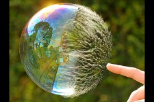 A few indie developers have been talking about the indie bubble and how it's going to burst. The indie bubble is the large influx of developers moving into the independent […]